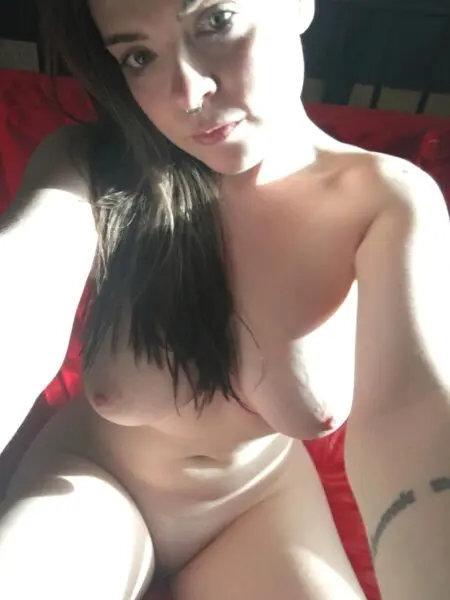 J'ai toujours envie de faire jouir sur Limousin avec mes gros seins live cam sexe