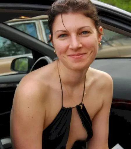 J'ai toujours envie de faire jouir avec mes gros seins femme en cam